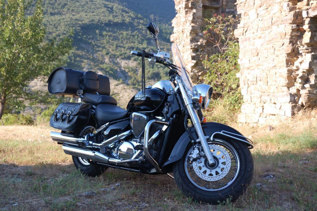 Suzuki intruder c800